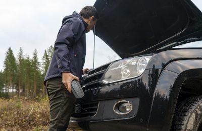 CTEK CS FREE - maailman ensimmäinen verkkovirrasta riippumaton ajoneuvon akkulaturi ja -ylläpitolaturi